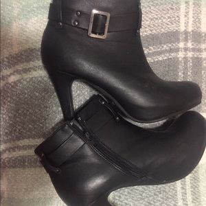 🔥Black high heeled ankle boots